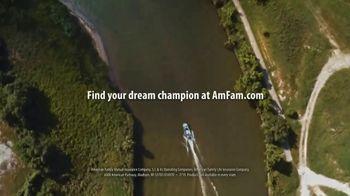 American Family Insurance TV Spot, 'Clean Dreaming' Featuring J.J. Watt - Thumbnail 9