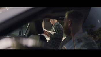 Volkswagen Drive Bigger Event TV Spot, 'Drop Off' [T1] - Thumbnail 2