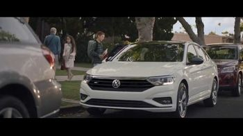 Volkswagen Drive Bigger Event TV Spot, 'Drop Off' [T1]