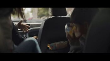 Volkswagen Drive Bigger Event TV Spot, 'Drop Off' [T1] - Thumbnail 4