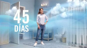 Febreze Small Spaces TV Spot, 'Tirar de la cadena' [Spanish] - Thumbnail 8