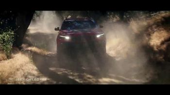 Summer of Jeep TV Spot, 'The Freedom to Do It All' Song by Jeremy Renner [T2]