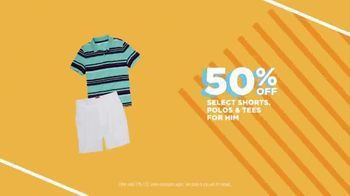 JCPenney TV Spot, 'Sun's Out: Sizzling Savings' - Thumbnail 4