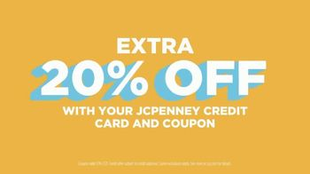 JCPenney TV Spot, 'Sun's Out: Sizzling Savings' - Thumbnail 6