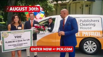 Publishers Clearing House TV Spot, '$5,000 a Week for Life: Question' Featuring Steve Harvey - Thumbnail 6