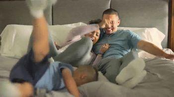 Koch Industries TV Spot, 'We Make That: Bedding' - Thumbnail 4