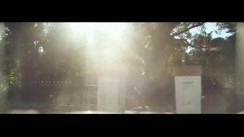 Transitions Optical TV Spot, 'Light Under Control: Meet Thomas' Song by Parov Stelar - Thumbnail 2
