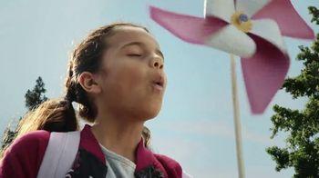 Walmart TV Spot, 'Gran día de vuelta' canción de Control Machete [Spanish] - Thumbnail 5