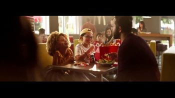 McDonald's Happy Meal TV Spot, 'The Lion King: Hakuna Matata' Song by Billy Eichner & Seth Rogen - Thumbnail 6