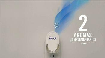 Febreze PLUG TV Spot, 'Dos aromas complementarios' [Spanish] - Thumbnail 7