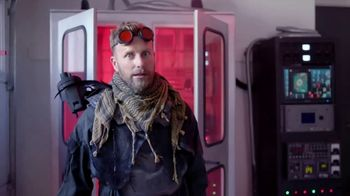 5-Hour Energy TV Spot, 'Day Off' Featuring Dierks Bentley - Thumbnail 8