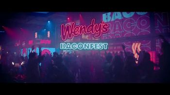 Wendy's Baconfest TV Spot, 'Llegó la fiesta del mejor Bacon' [Spanish] - Thumbnail 1