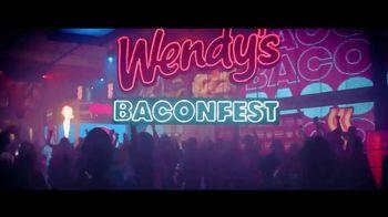 Wendy's Baconfest TV Spot, 'Llegó la fiesta del mejor Bacon' [Spanish] - Thumbnail 2