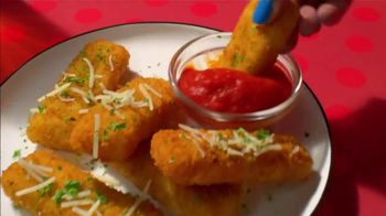 TGI Friday's $12 Endless Appetizers TV Spot, 'Endless Apps Are Back' - Thumbnail 6