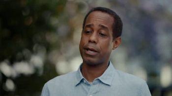 AT&T Internet TV Spot, 'Dead Zones: DIRECTV Bundle' - Thumbnail 5