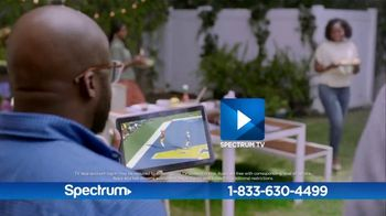 Spectrum TV and Internet TV Spot, 'Make the Switch: 200 Mbps' - Thumbnail 8