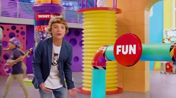 Chuck E. Cheese's All You Can Play TV Spot, 'Kids Make the Rules' - Thumbnail 5