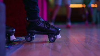 Alcatel OneTouch Avalon V TV Spot, 'Skate Party' Song by Ritvarsv - Thumbnail 7