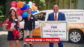 Publishers Clearing House TV Spot, '$5,000 a Week for Life: Big Check' Featuring Steve Harvey - Thumbnail 9