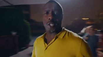 Stella Artois TV Spot, 'Vacation Is About How You See Things' Featuring Idris Elba - Thumbnail 8