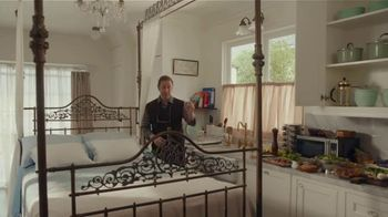 AT&T Wireless TV Spot, 'Just OK: Bed & Breakfast Bundle' - Thumbnail 4