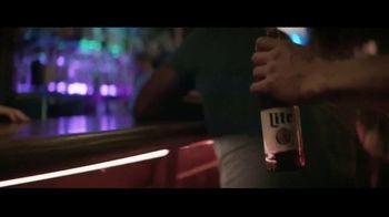 Miller Lite TV Spot, 'Caminar' [Spanish]