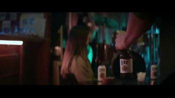 Miller Lite TV Spot, 'Caminar' [Spanish] - Thumbnail 4