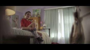 Amazon TV Spot, 'Mantenerse al día' canción de Freddie Scott [Spanish] - Thumbnail 2