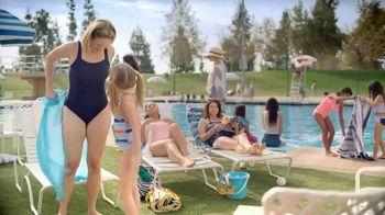Otezla TV Spot, 'Little Things: Pool and Family Dinner' - Thumbnail 1