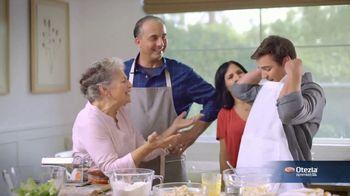 Otezla TV Spot, 'Little Things: Pool and Family Dinner' - Thumbnail 8