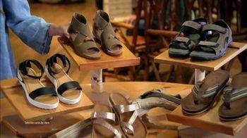 Bass Pro Shops Summer Clearance TV Spot, 'Sandals and Cooler' - Thumbnail 5