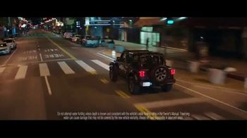 Jeep Fourth of July Sales Event TV Spot, 'To Be' [T1] - Thumbnail 4