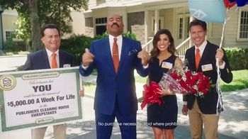 Publishers Clearing House TV Spot, '5,000 a Week for Life: Good News' Featuring Steve Harvey - Thumbnail 4
