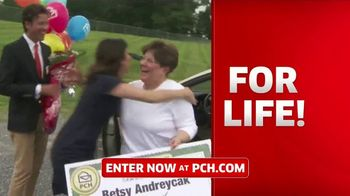 Publishers Clearing House TV Spot, '5,000 a Week for Life: Good News' Featuring Steve Harvey - Thumbnail 7