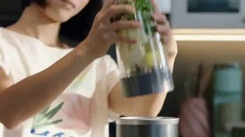 NutriBullet TV Spot, 'Feel the Blend: Bio-Hacker' - Thumbnail 8