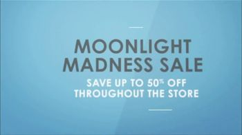 La-Z-Boy Moonlight Madness Sale TV Spot, 'Subtitles' Featuring Kristen Bell - Thumbnail 8