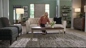 La-Z-Boy TV Spot, 'Keep It Real: Quality and Style' Featuring Kristen Bell - Thumbnail 4