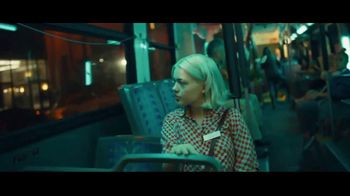 Robinhood Financial TV Spot, 'Wake Up Call: Bus' - Thumbnail 2