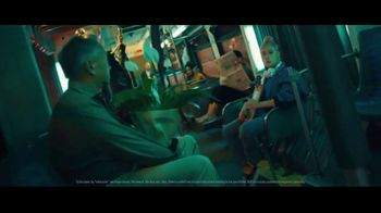 Robinhood Financial TV Spot, 'Wake Up Call: Bus' - Thumbnail 3