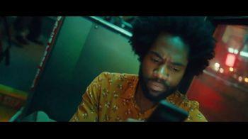 Robinhood Financial TV Spot, 'Wake Up Call: Bus' - Thumbnail 6