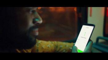 Robinhood Financial TV Spot, 'Wake Up Call: Bus' - Thumbnail 8
