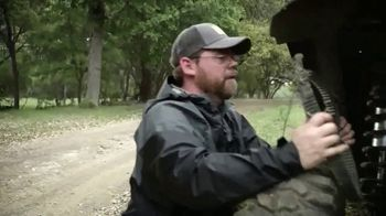 Roxor Offroad TV Spot, 'Bob & Cletus Tree Stand' - Thumbnail 4