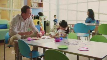 Peyton Manning Children's Hospital TV Spot, 'Coloring' Featuring Peyton Manning - Thumbnail 2