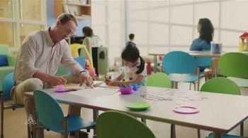 Peyton Manning Children's Hospital TV Spot, 'Coloring' Featuring Peyton Manning - Thumbnail 5