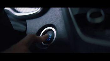 2020 Toyota Corolla TV Spot, 'Rainy Day' Song by Chaka Khan [T1] - Thumbnail 7