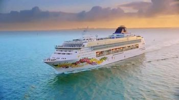 Norwegian Cruise Line TV Spot, 'Tropical Adventure: Sightseers & Adrenaline Seekers'