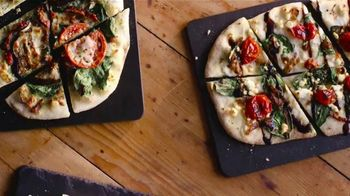Uno Pizzeria & Grill Eggplant Parm Pizzanini TV Spot, 'Part Pizza, Part Panini' - Thumbnail 4