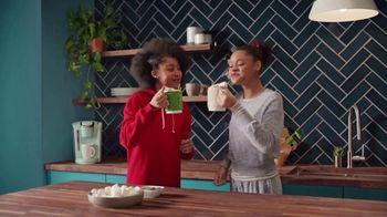 Target TV Spot, 'De hogareña a navideña' canción de Danna Paola [Spanish] - Thumbnail 5