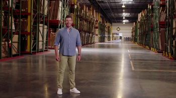 Rooms to Go TV Spot, 'Giant Warehouse' Featuring Jesse Palmer