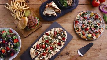 Uno Pizzeria & Grill Love All, Feed All Menu TV Spot, 'Hungry For Change' - Thumbnail 9